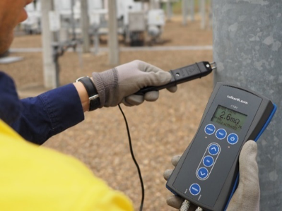Continuity testing using the Safearth CS3 Site Continuity Meter
